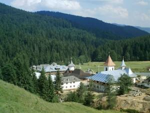 Manastirea_Petru_Voda01